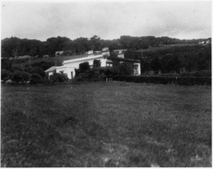 Earlscliffe House around 1930, surrounded by fields